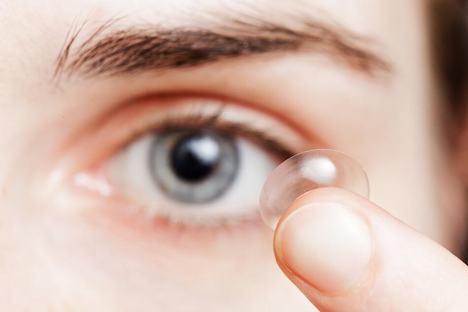 contact lens blue eye