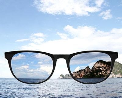 polarized sunglasses lens