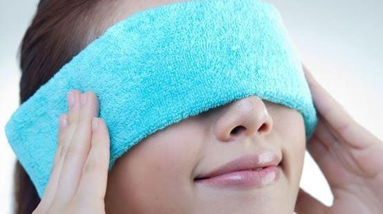 Pemampatan hangat untuk mata