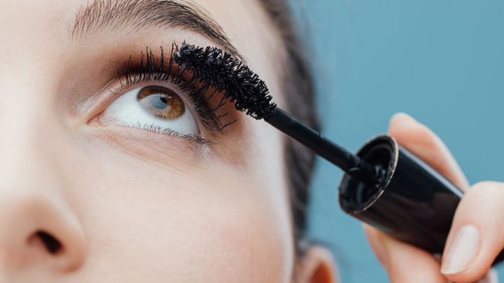 contact lens and mascara