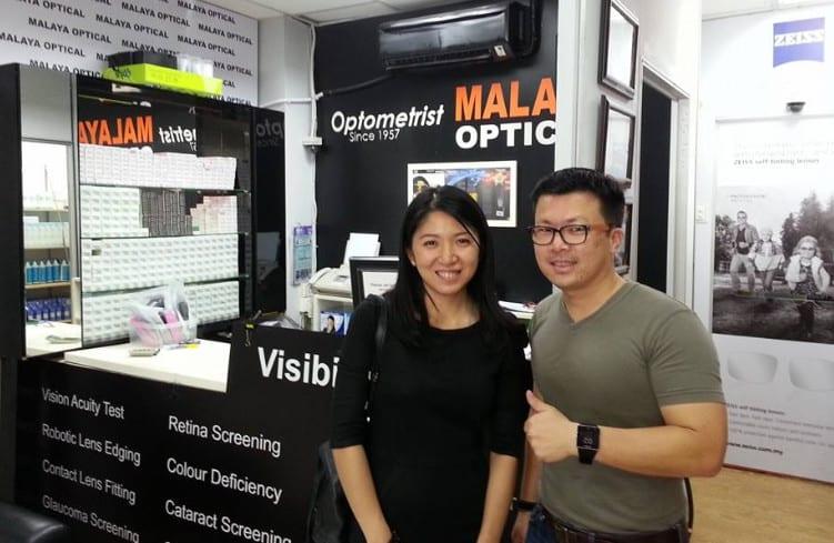 YB Yeo Bee Yin getting her eyes check by Ryan Ho of Malaya Optical